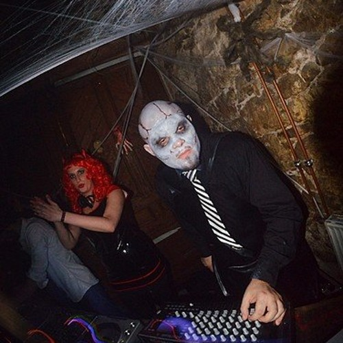 Last Live of 2013 - Artificial Paradise Special Halloween (Download)