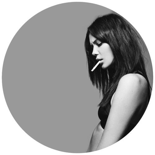 B1. Adrift (Original Mix) [MANUCCI 005]