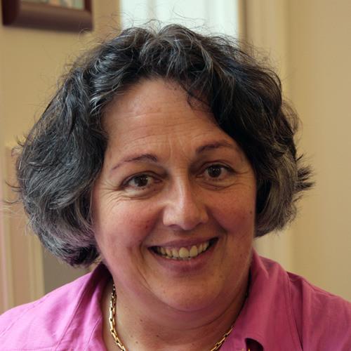 Rosi Braidotti - Nomadic Feminist Theory in a Global Era.