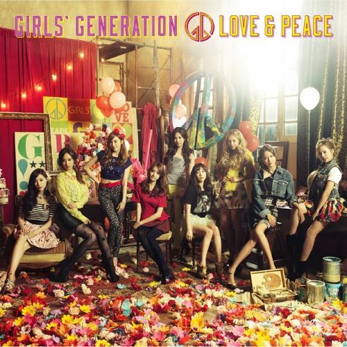 """SNSD - """"Flyers"""" (3rd Japan Album - Love & Peace)"""