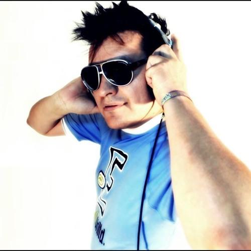 Promo El MASTER DJ En SKALAS Dic 14