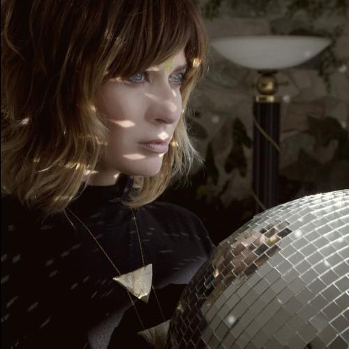 Nicole Atkins- Girl You Look Amazing