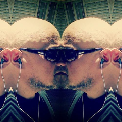 Dinamic Summer  @ Mochilero Tecnopop
