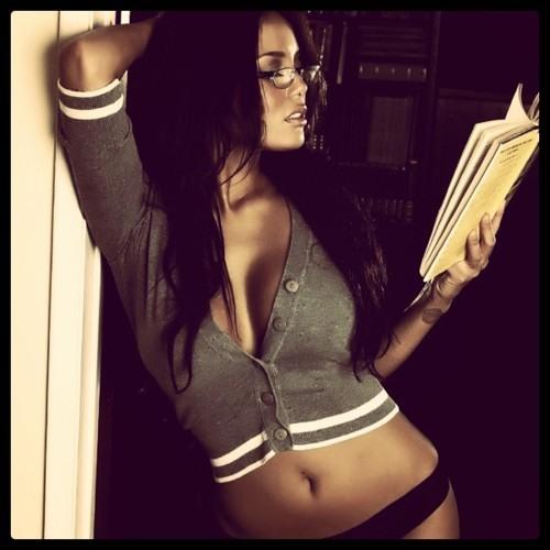 Mamas N Bananas™ Reading, Writing N Wrestling