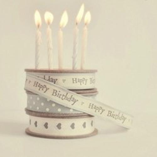 It's Louis' birthday !