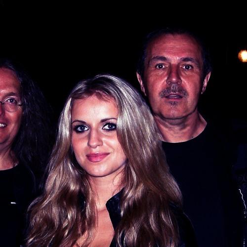 GabrielaGunčíková&Meryland ve vysílání na anglickém na rádiu BigFM - Love Hurts