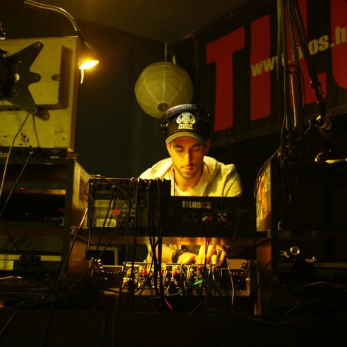 SAVAGE Aka. Massive Moloko - Live @ Tilos Rádió (22.12.2013.)