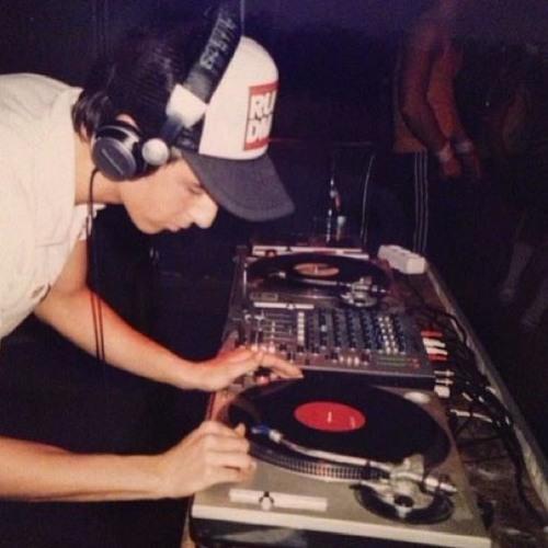 Boys Noize 60min DJ-Mix @TripleJ Radio (Nov.2013)