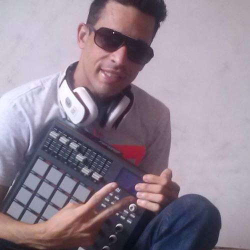 Mc Leozinho Toda Gostosa - Mp3 Download