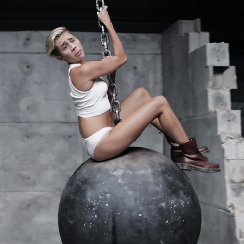Wrecking Ball (100 - 128 Earth X T3 Segway)