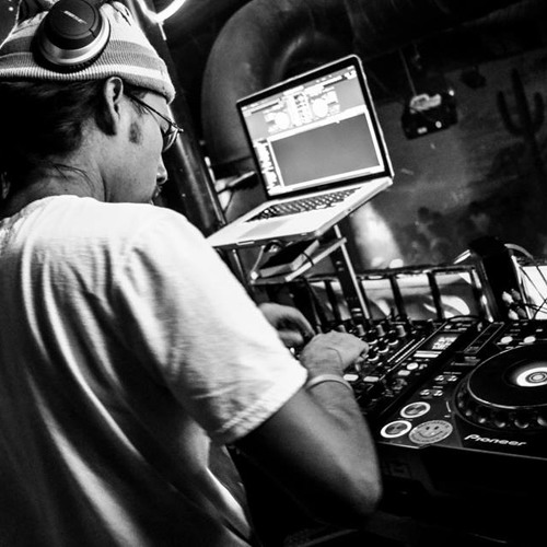 DJ CHESPI REGGETON 2013 HITS QUICK MIX