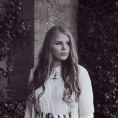 Natalie Lungley - Gem