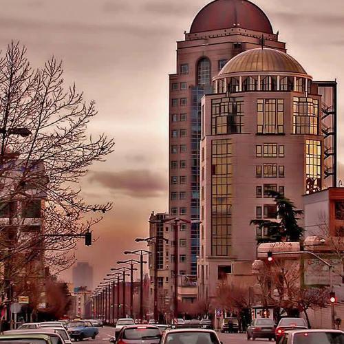 Alireza Nourizadeh - 01.01.2014 پنجره ای رو به خانه پدری