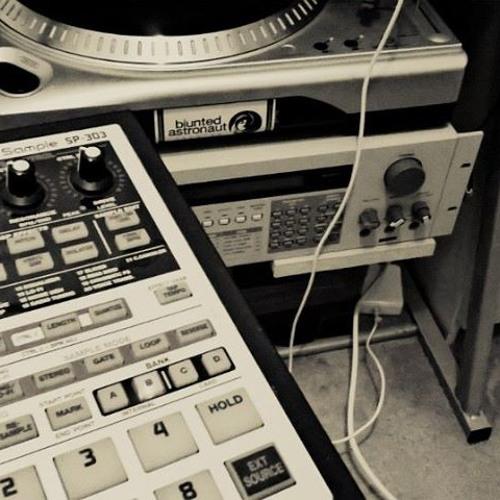 LA LA LA (SP 303 ft. MAschine Mikro MKII and some samples)