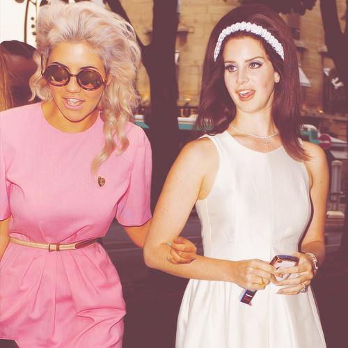 Carmen is not a Robot - Marina & The Diamonds & Lana Del Rey Mashup
