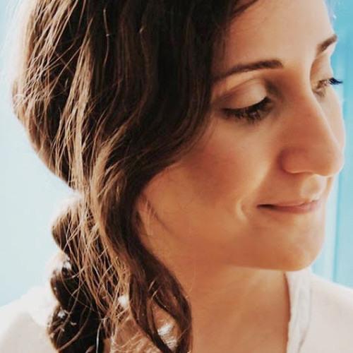 Aida Shahghasemi - Stay.MP3