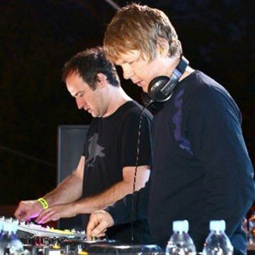 Sasha & Digweed, Shugborough Hall 1 May 2004, Radio 1 Essential Mix. Richard K mix of Tear it Up @ 53.57