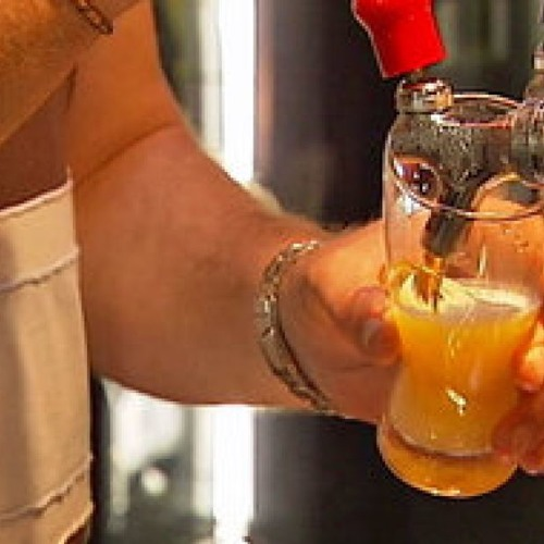 Mornings: Should Qld follow NSW and restrict alcohol in pubs and clubs?