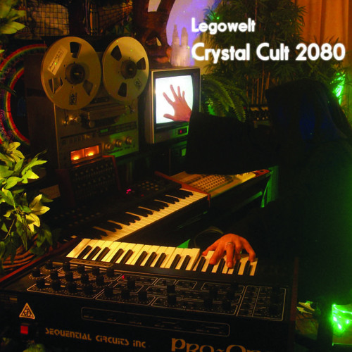 Creme LP-11 - Legowelt - Crystal Cult 2080 - 2LP/CD/CASS (OUT NOW)