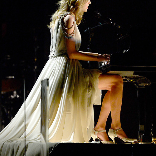 All Too Well (Grammy Performance) -Taylor Swift by