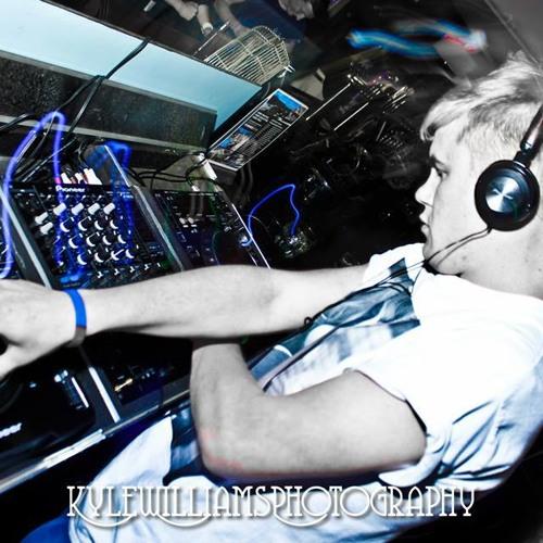 Danny Brown - Freaking Night (Remix) SCloud Clip
