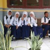 And love u for a thousand moreeee #random w/ my best :p at School