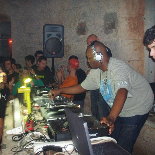 DJ Rush live @ Fort Bourguignon 03 09 2005
