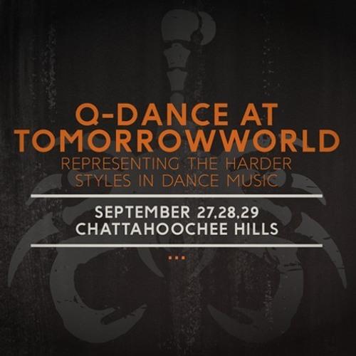 TomorrowWorld 2013 | Q-dance Stage | Enceladus