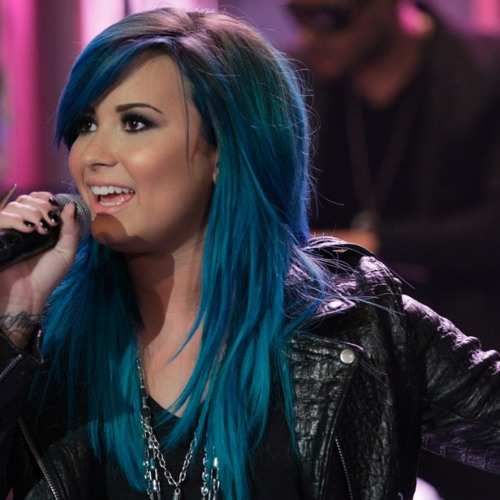Demi Lovato Gives Details on Her 'Neon Lights' Tour