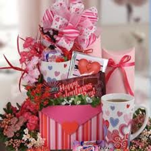 Ryan Needs Advice For Buying A Gift For His Wife - Maureen Holloway - 02/10/14