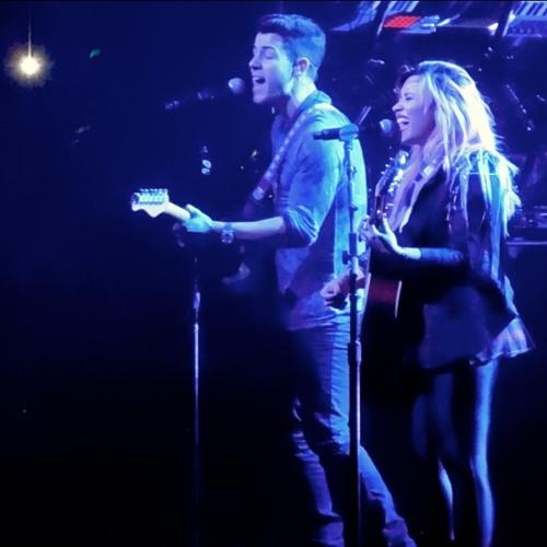 Here We Go Again (live ft. Nick Jonas) - Demi Lovato