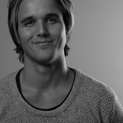 Bleeding Fingers Contest - Eirik Røland