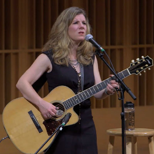 Dar Williams '89 in concert, Homecoming/Family Weekend 2013
