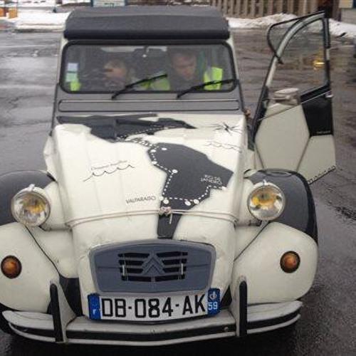 De Montréal à Sao Paulo en Citroën 2CV, si les douaniers le permettent: