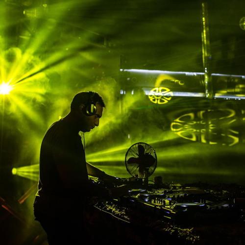 Big Daddy Bass - DJ Aphrodite Mix and Mash Up Feb 2014