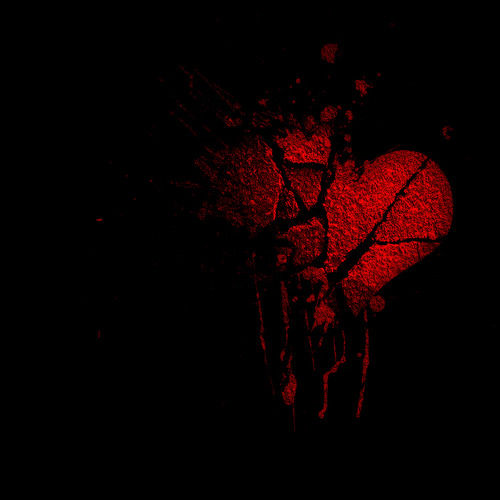 Love On Kendals Black Drop