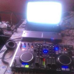 Mix Sesion en Vivo DJ Xander 2o14(Traktor & DN MC-6000)