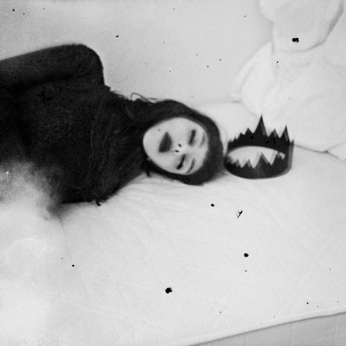 DVЯK SE▲ - sleeping Queen