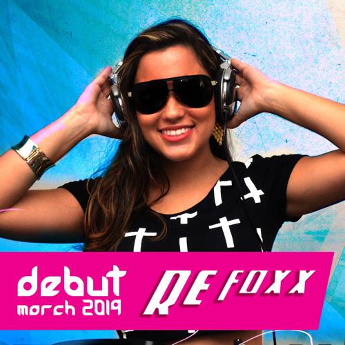 Re Foxx Debut_March_2014