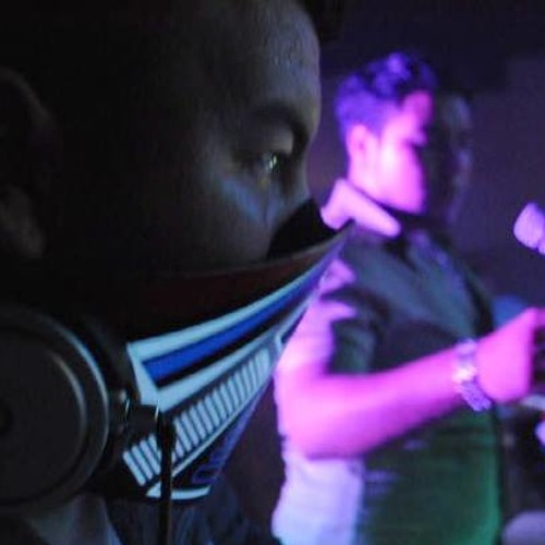 Candela Costena - Deejay Lazer(KrunKaHolics)