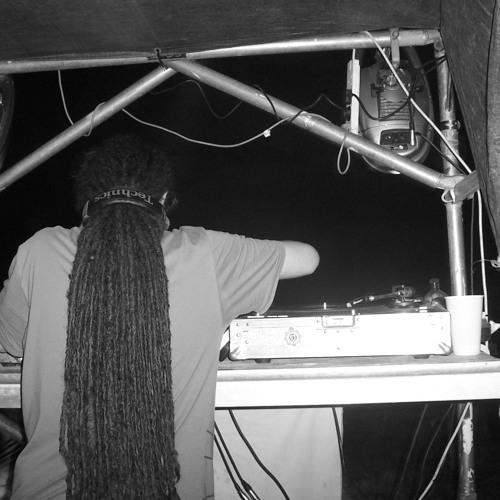 Yardcore (Winter 2004)