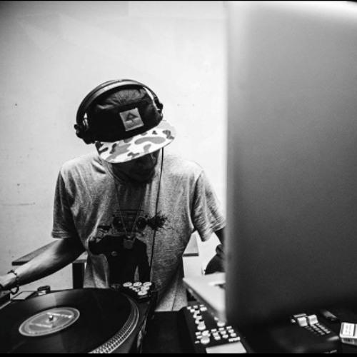 "Radio Jakarta 002: IAMNOBODI - ""Some Old Beats...."""