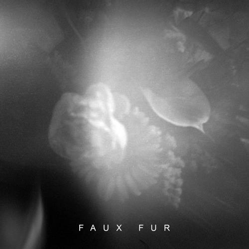 FAUX FUR – Rough Palms