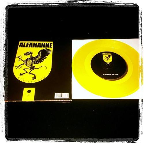 ALFAHANNE - Tills Ljuset Tar Oss