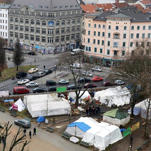 Berlin faces challenge in clearing refugee protest camp