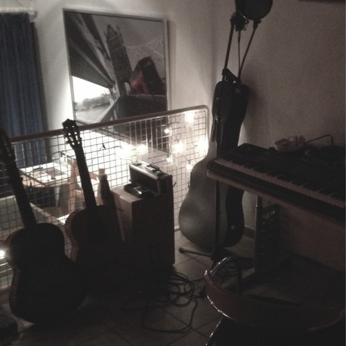 Bastille -  Pompeii, Acoustic cover by JTsounds