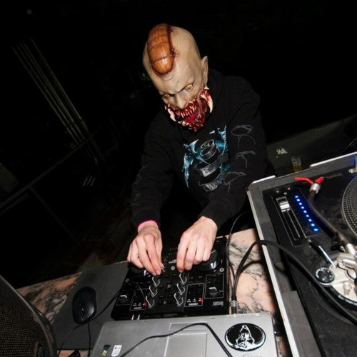 DJ CyCO (ESP) ON TOXIC SICKNESS RADIO | TERRORCORE SPEEDCORE SHOW #19 | 1ST APRIL 2014