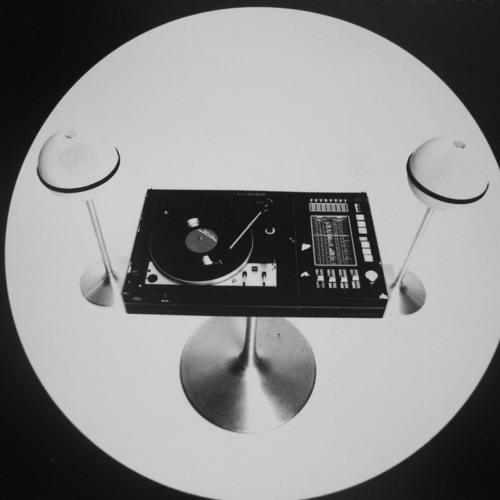 Joss Moog @Logo Lyon 28 03