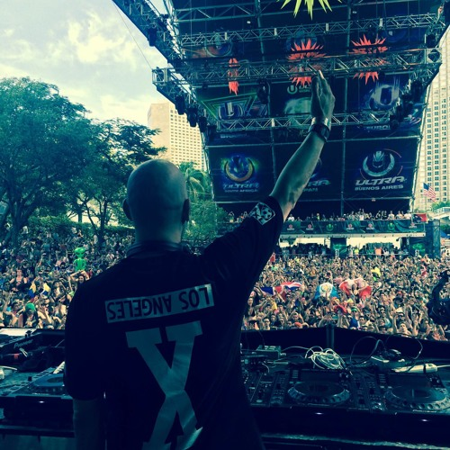 TJR Live @ UMF - March 30, 2014