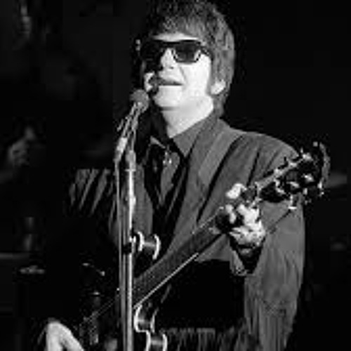 Crying - Bobby T Moore (Roy Orbison cover)